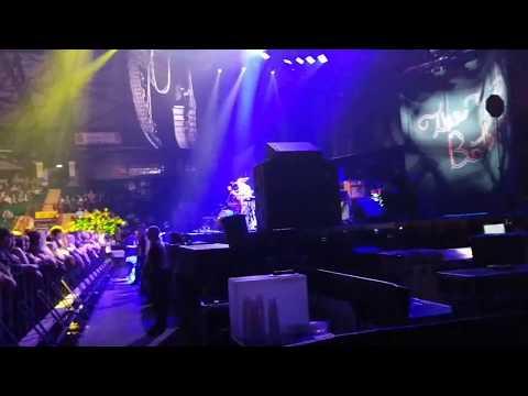 West Virginia - The Front Bottoms (Live @ Metro Radio Arena, Newcastle - 09/07/17)