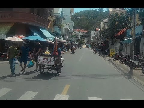 Retiring in Vietnam - Vung Tau Rider Video 12 (Looking for houses)
