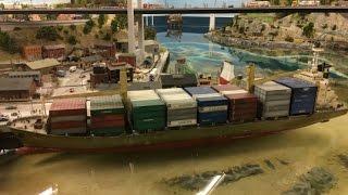 HD Компиляция Миниатюрная страна чудес Гамбург Германия - Miniatur Wunderland  (03662 ru)