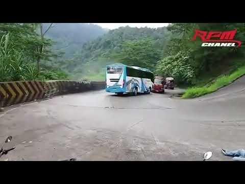 У автобуса отказали тормоза 2019 год 16  июнь