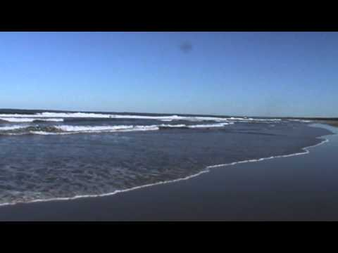 A LONELY SEA AND A SKY.wmv