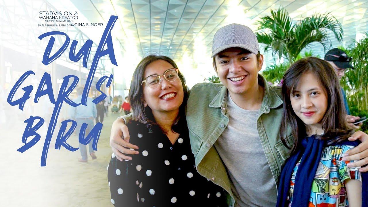 DUA GARIS BIRU - Goes To Malaysia - YouTube