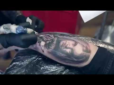 World Famous Tattoo Ink Metallicas Cliff Burton Tattoo Youtube