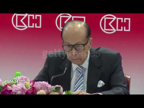 Hong Kong leader must cooperate with China: Li Ka shing