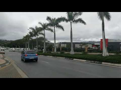 Taxi protesters head for the government complex in Mbombela