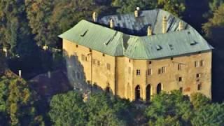 Тайна замка Гоуска. Замок, построенный вокруг дыры в земле