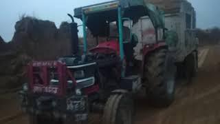 mhindra Arjun 605 बहुत जोर लगाया ट्रैक्टर ने देखो