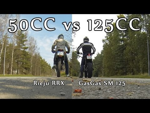 50cc vs 125cc | 2 Stroke Race | Rieju RRX - GasGas SM 125