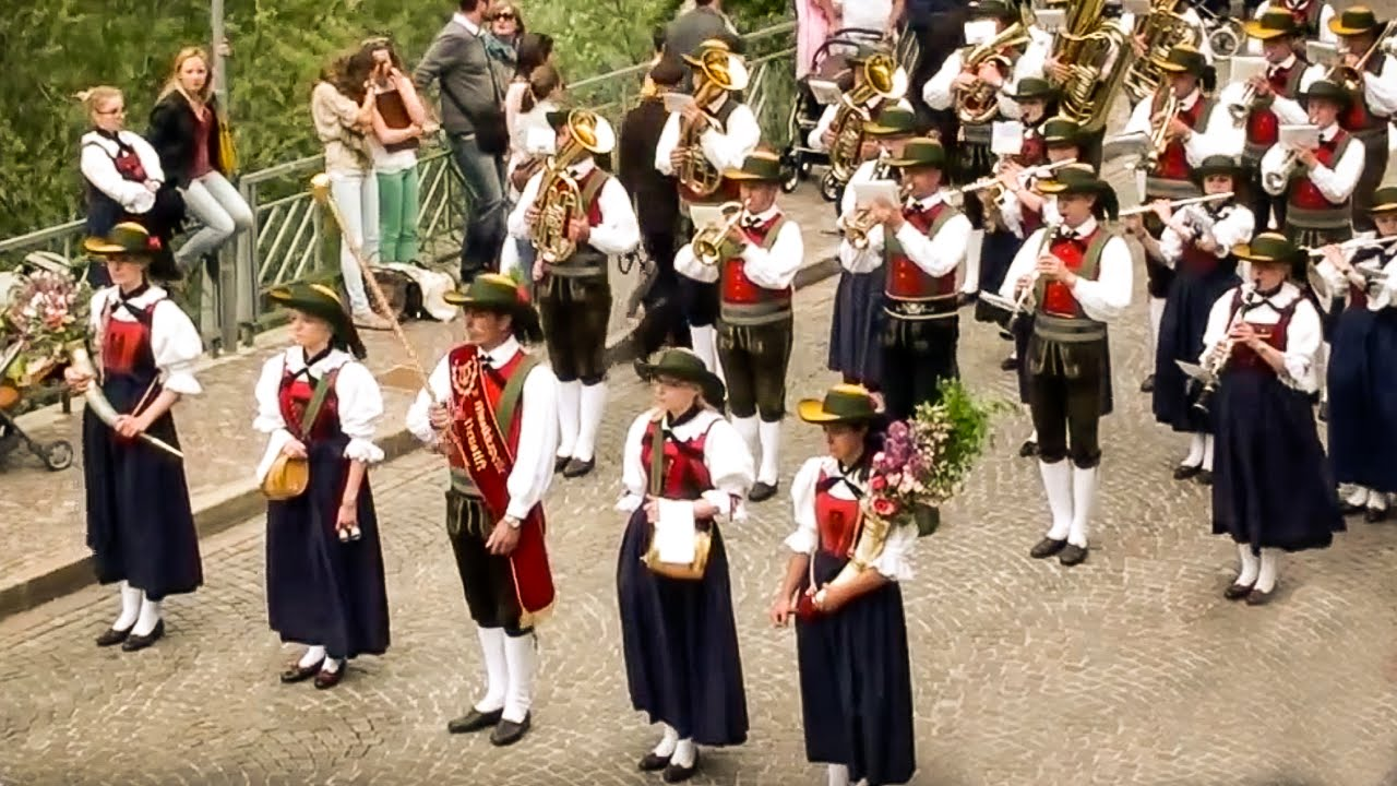 Musikkapelle Des Militärkommandos Kärnten Militärmusik Kärnten Jubliläumszapfenstreich
