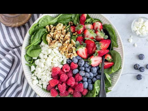 Strawberry Green spinach Salad with Rotisserie Chicken