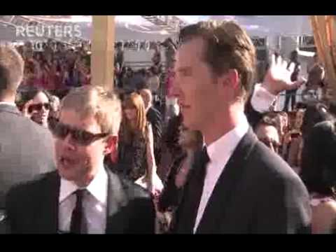 Benedict Cumberbatch and Martin Freeman on Emmys Red Carpet - Interview