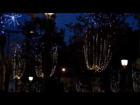 illuminations de noel paris 2014 youtube. Black Bedroom Furniture Sets. Home Design Ideas