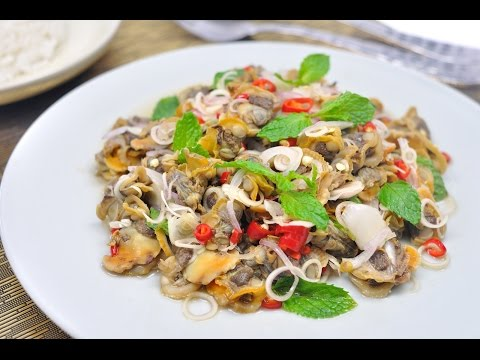 Spicy Cockle Salad (Thai Food) – Yum Hoi Khraeng ยำหอยแครง