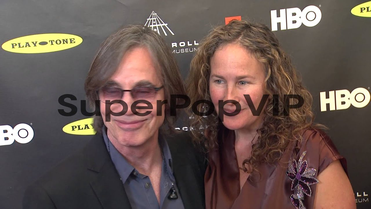 Jackson Browne Married Delightful jackson browne, dianna cohen at 28th annual rock and roll - youtube