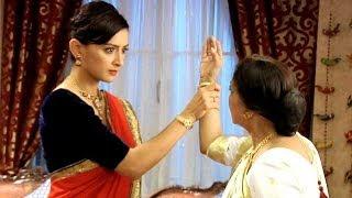Baa Slaps Ishani  In Meri Aashiqui Tumse Hi