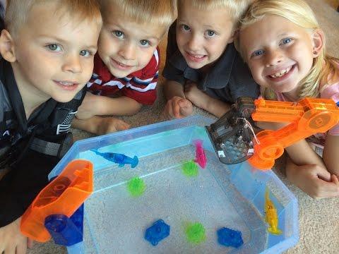 Aquabots 2.0 Robotic Fish By Hexbug Unboxing, Review & Comparison To Lil Fishys