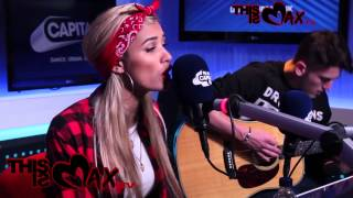 PIA MIA PERFORMS