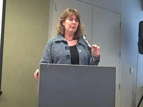 Pt. 2  AJC's Maureen Downey addresses Georgia child advocates Jan. 9, 2009