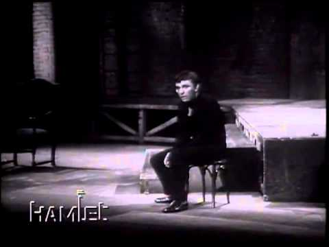 Hamlet To be or not to be - Richard Burton (1964) - YouTube