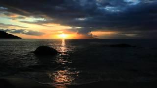 ForeverLive - Оконные рамы(Музыка - Дмитрий Чоловский ( ForeverLiveArt.com ) Видео - egawauemon ( PERFECT SUNSET 30min ), 2011-09-10T11:49:30.000Z)