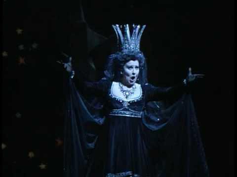 Luciana Serra - Mozart's Queen of Night