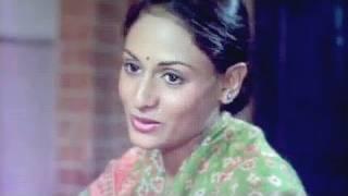 Chandni Re Jhoom - Lata Mangeshkar, Jaya Bachchan, Nauker Song