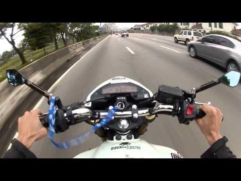 PEGADA FORTE COM A XT660 E O GATO NO FINAL - MUMU - HONDA HORNET BRANCA ABS -