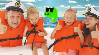 Kids Song about Sea trip with Maya and Mary