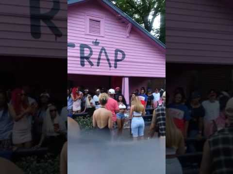 Door Swangin Pink Trap House -2Chainz Video Shoot