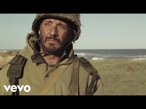 Fito Paez - La Canción del Soldado y Rosita Pazos (Official Video)