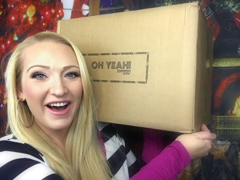Daily Deals Mystery Box of Awesome | What's in the Box ?