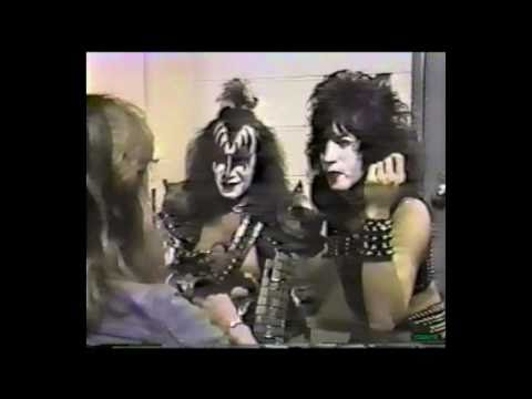 KISS - Creatures interview Paul & Gene [ Montreal '83 ]