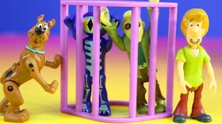 Scooby-Doo And Shaggy Sets Including Scooby Copter Scooby Bike & Sidecar And Monster Catcher 4x4