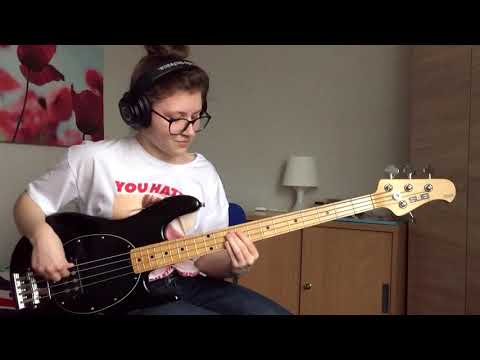 Chris Davis - Kid SLAYS Bass Cover of Lizzo's 'Juice'