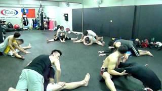 2011-12-23 SANDA一字馬練習 I.MOV