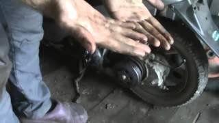 Honda Dio 27. Бензонасос и поршневая.(, 2015-04-26T18:21:14.000Z)