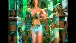 Aishwarya Rai's sexiest shots from Dhoom 2