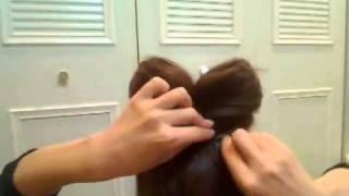 Прическа _Бант__ как сделать бант из волос.flv(, 2011-01-13T15:41:27.000Z)