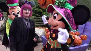 Halloween Celebration at Disneyland Paris 2016 Meet & Greet with disney villains Maleficent. :) 4K(In deze video kunnen jullie genieten van het Halloween feest in Disneyland Parijs. In de video neem ik jullie mee bij verschillende meet & greets zoals: Jack ..., 2016-10-05T11:38:59.000Z)