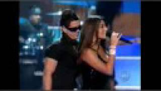 Melissa Jimenez & Kumbia All Starz perform