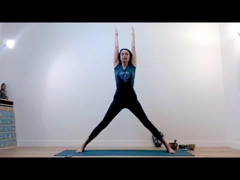 Cours de Yoga Hatha Flow<br>par Laurence Merchet<br>Durée : une heure