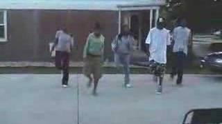 yanny or lauren dance
