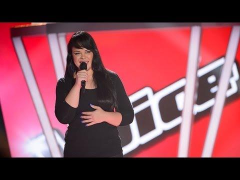 """Karen """"Miss Murphy"""" Andrews Sings I'd Rather Go Blind: The Voice Australia Season 2"""