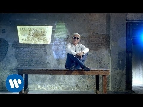 Ligabue - Siamo Chi Siamo (Official Video)