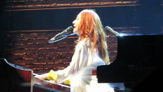 Tori Amos Rotterdam May 26th  2014 Iieee