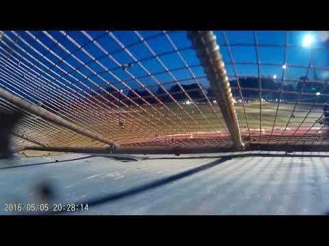 Montpelier Motor Speedway heat race FWD 9-16-17 (Go pro)