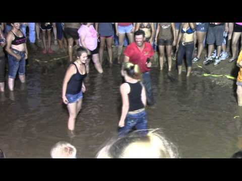 Fourth of Juy Mud Wrestling at Toyland Llano Texas