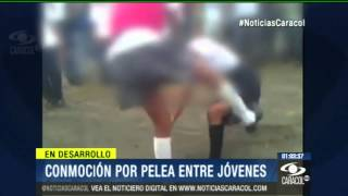 Conmoción Por Pelea De Dos Jovencitas A La Salida De Un Colegio De Ibagué - 17 De Febrero De 2014