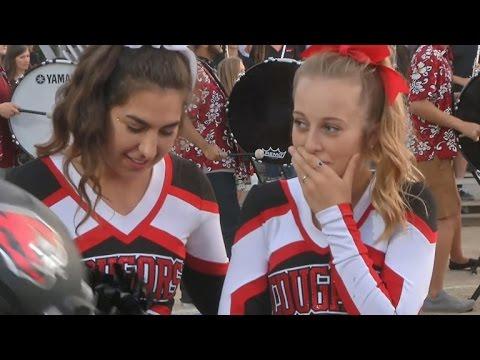 nfl cheerleaders dating