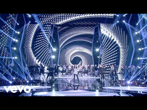 Hailee Steinfeld - Love Myself (Live at Indonesian Choice Aw